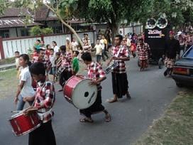 Kecimol Budaya Tradisional Lombok